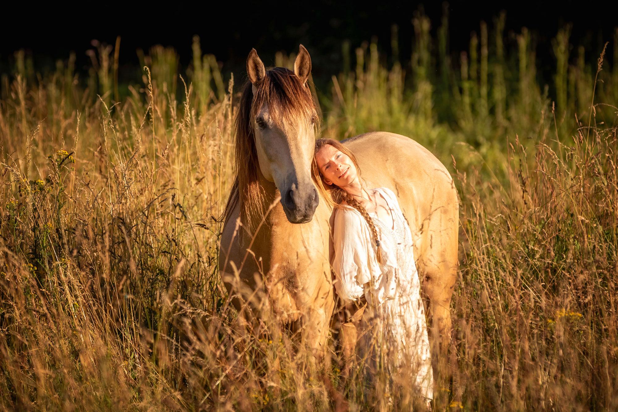 Redonnez du sens à votre relation aux chevaux - De Femme à Cheval, développement personnel et féminin sacré - Laure Souquet